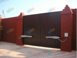 Процесс установки автоматических распашных ворот и возможные проблемы при монтаже